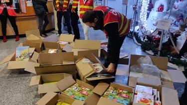 Distribution de cadeaux de la CGT