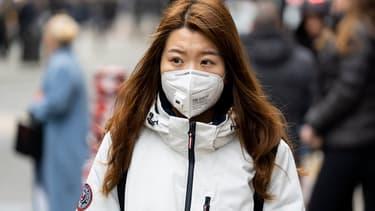 Les pharmacies françaises reçoivent beaucoup de clients asiatiques qui leur demandent des masques FFP 2.