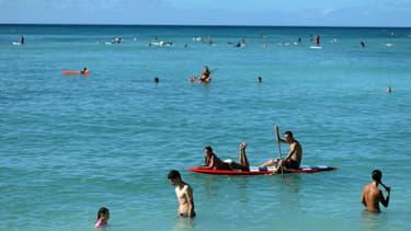 La plage de Waïkiki à Honolulu, Hawaï, le 25 décembre 2013.