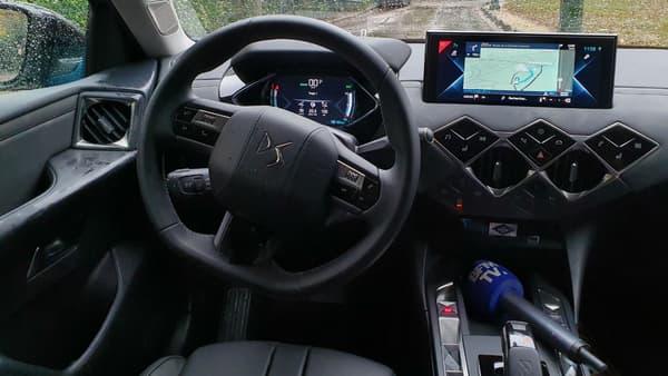 A l'intérieur du DS3 Crossback E-Tense