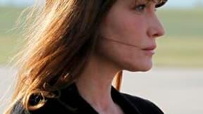 Carla Bruni-Sarkozy ne montera pas mercredi les marches du Festival de Cannes, qui s'ouvre avec un film de Woody Allen dans lequel elle joue, préservant pendant encore un peu de temps le mystère sur une éventuelle grossesse. Dans une interview accordée à