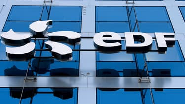 Les enquêteurs estiment que ce système aurait rapporté au principal prévenu, qui a reconnu les faits, plus d'un million d'euros, versés par neuf entreprises sous-traitantes d'EDF