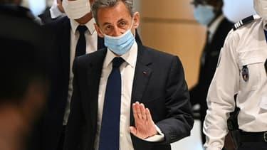 Nicolas Sarkozy arrive à son procès, le 1er mars 2021 à Paris