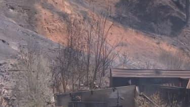 Habitation carbonisée dans les environ de Vitrolles, après l'incendie.