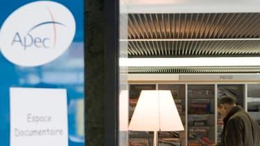 Seules 46% des entreprises prévoient d'embaucher un cadre au deuxième trimestre 2013, selon l'Apec.