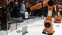 Nouvelle manifestation de l'appétit chinois pour l'industrie allemande:  le géant de l'électroménager Midea a fait une offre de rachat sur le fabricant de robots Kuka, valorisant celui-ci plus de 4 milliards d'euros.