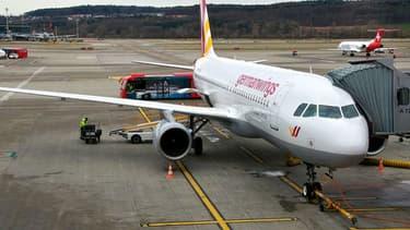 Germanwings: Un pilote était hors du cockpit avant le crash