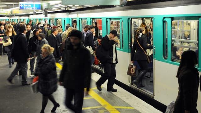 53 % des Parisiens seraient prêts à faire plus de 45 minutes de trajets quotidiens pour un travail qui leur plaît vraiment.