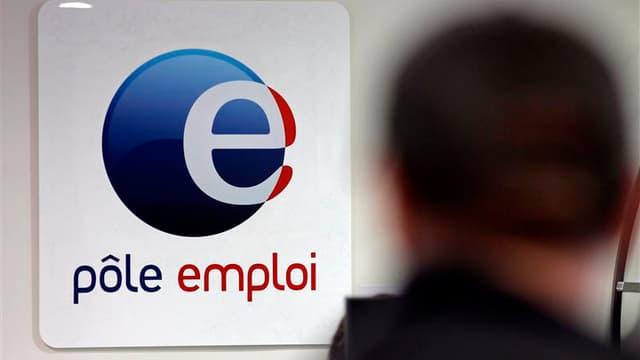 Comme l'écrasante majorité des économistes, le Fonds monétaire international, qui a légèrement baissé ses prévisions de croissance pour la France, a dit mardi ne pas s'attendre à une baisse du chômage fin 2013, un objectif pourtant régulièrement confirmé
