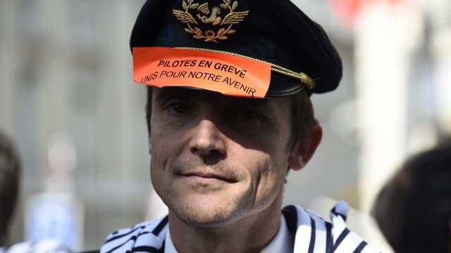 La grève se poursuit chez Air France.