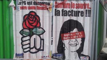 """Des affiches anti-Hidalgo auraient été """"désaffichées"""" par la ville de Paris."""