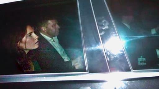 Amanda Knox quittant la prison de Pérouse le 3 octobre 2011