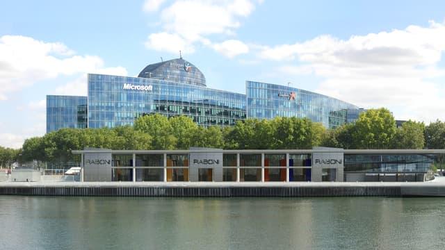 La nouvelle agence Raboni sur les quais d'Issy-les-Moulineaux:  2000 m2 qui s'inscrivent parfaitement dans le paysage et le projet de réhabilitation des berges.
