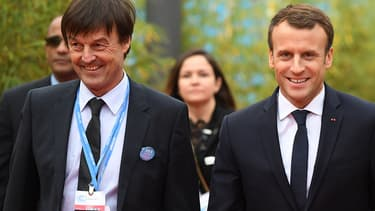 Nicolas Hulot et Emmanuel Macron le 15 novembre 2017 à Bonn, en Allemagne.