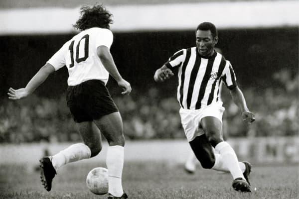 Pelé avec Santos en 1974