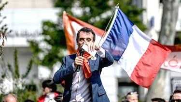Florian Philippot lors d'une manifestation anti-confinement à Lyon, samedi 17 avril 2021