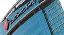 Un des bureaux de GlaxoSmithKline, à Londres. Le laboratoire pharmaceutique a été condamné jeudi par la justice nantaises à verser près de 117.000 euros de dommages et intérêts à un malade de Parkison chez qui un médicament du groupe, le Requip, avait pro