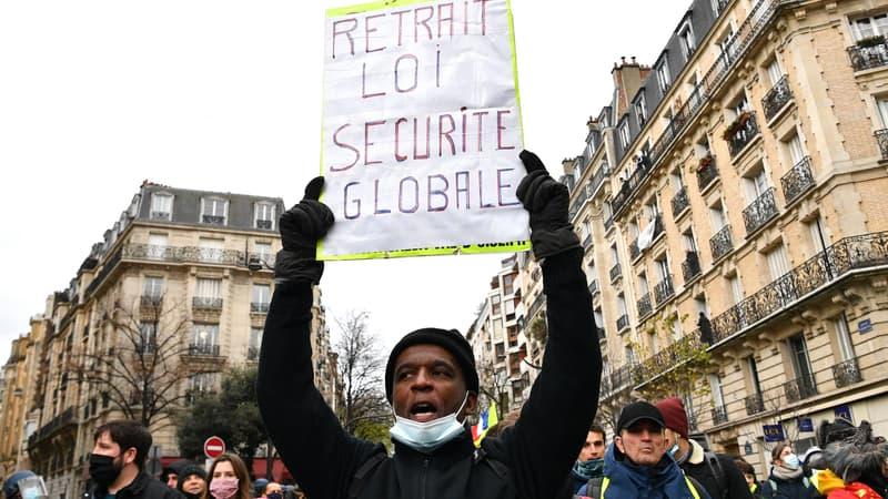 """""""Sécurité globale"""": 52.350 manifestants recensés en France, dont 5000 à Paris d'après l'Intérieur"""