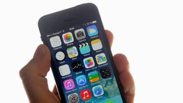 Apple a décelé une anomalie dans le fonctionnement du bouton marche-arrêt de cerains modèles de son iPhone 5.