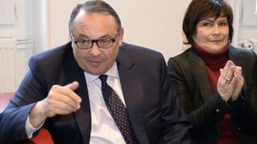 Patrick Mennucci, (ici en présence de la ministre Marie-Arlette Carlotti) peine à rassembler toute la gauche marseillaise.