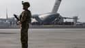 Un soldat américain sur le tarmac de l'aéroport de Kaboul le 20 août dernier. (Photo d'illustration)