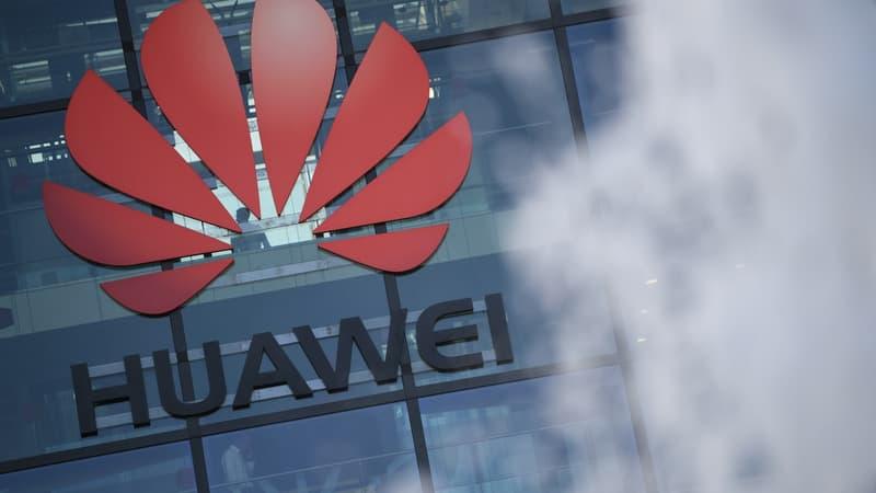 Huawei annonce l'ouverture de sa première usine en France à Brumath (Bas-Rhin)