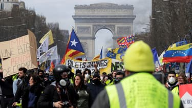Manifestation de gilets jaunes le 16 mars dernier sur les Champs-Élysées.