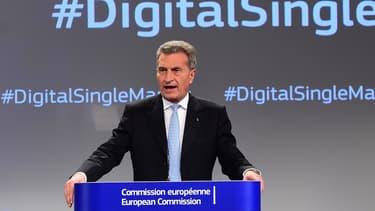 Pour Günther H. Oettinger, commissaire européen en charge du numérique, il faut accélérer la cadence pour créer un marché unique européen du numérique. Un message qui semble particulièrement destiné aux Français.