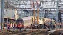 François Hollande a fixé dimanche pour priorité la rénovation des lignes ferroviaires classiques en France après l'accident de Brétigny-sur-Orge qui a fait six morts. /Photo prise le 13 juillet 2013/REUTERS/Gonzalo Fuentes