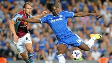 Romelu Lukaku lors d'une de ses rares apparitions en Premier League lors de son premier passage à Chelsea, en août 2013