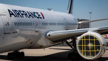 Un avion d'Air France cloué au sol à l'aéroport Charles-de-Gaulle à Roissy