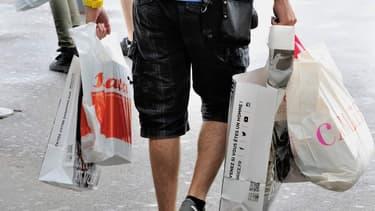 Les enseignes de la grande distribution ont su reconquérir les consommateurs en proposant par exemple l'achat en ligne et le retrait en magasin.