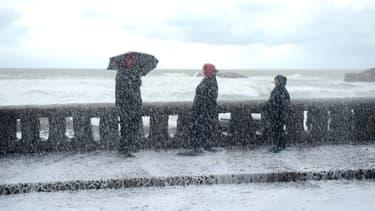 Forte tempête à Biarritz le 1er février 2014.