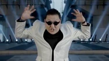 """Le chanteur Psy en pleine chorégraphie pour son nouveau clip """"Gentleman"""""""