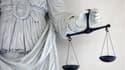 La cour d'assises d'Aix-en-Provence (Bouches-du-Rhône) a condamné vendredi à treize années de réclusion un homme de 38 ans qui avait coupé le sexe de l'amant de sa femme d'un coup de cutter après l'avoir assommé. /Photo prise le 2 avril 2009/REUTERS/Stéph