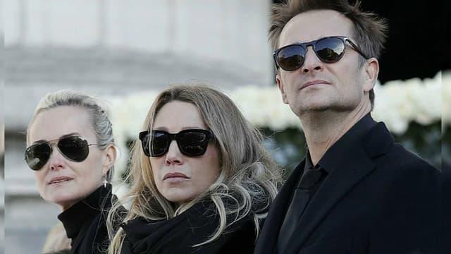 Laeticia Hallyday, Laura Smet et David Hallyday en 2017 lors des obsèques de Johnny Hallyday.
