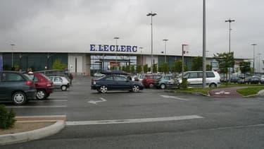 Leclerc se retrouve seul après le départ de ses partenaires européens