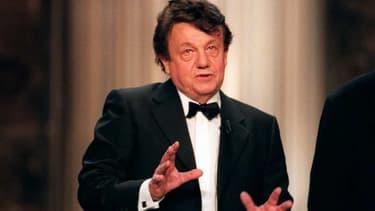 L'acteur Marcel Maréchal, sur la scène des Molières en 2000.