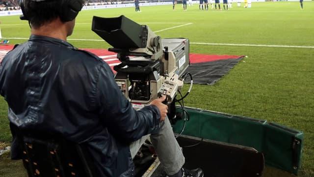 Les droits TV de la Ligue 1 et de la Ligue 2 ont été attribués à Canal + et BeIN Sports pour 748,5 millions d'euros