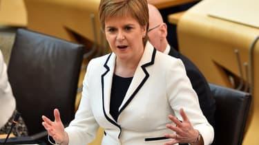 La Première ministre de l'Écosse, Nicola Sturgeon a proposé un nouveau référendum sur le Brexit et l'indépendance de la province britannique avant la fin 2021, dans un discours au parlement écossais à Edimbourg, le 24 avril 2019.