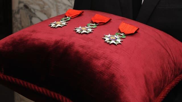 La Légion d'honneur compte environ 93.000 membres