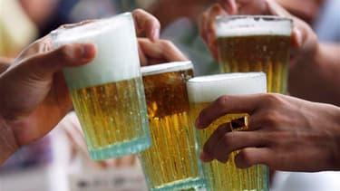 Le gouvernement envisagerait de relever les taxes sur la bière