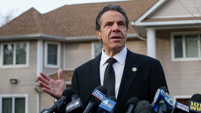 Cinq personnes réunies pour une fête juive ont été blessées samedi soir lors d'une attaque à l'arme blanche contre la résidence d'un rabbin près de New York