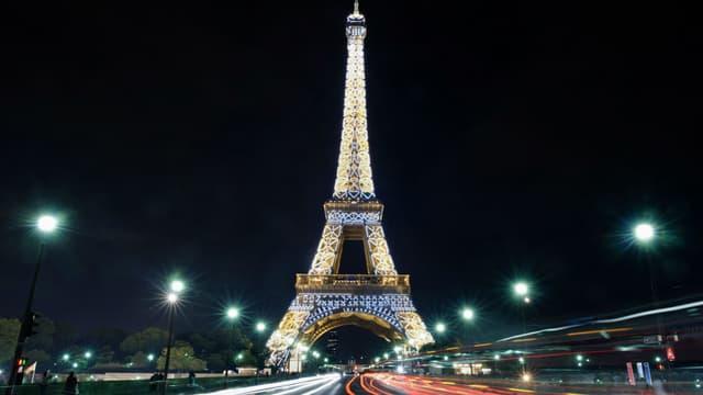 La Tour Eiffel sera éteinte mercredi soir en soutien à Alep.