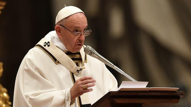 Le pape François à la basilique Saint-Pierre de Rome.