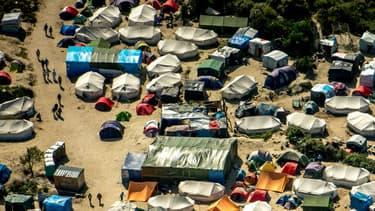 """La justice a validé le principe du démantèlement de la """"Jungle"""" de Calais."""