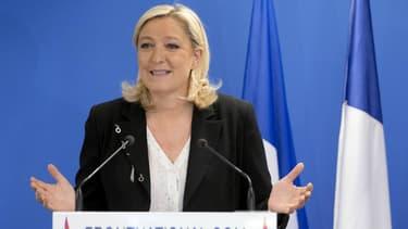 Marine Le Pen se félicite ce dimanche du score du FN aux élections départementales.