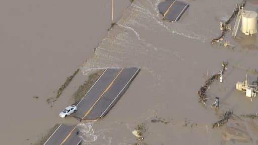 Route inondée dans l'Etat du Colorado.