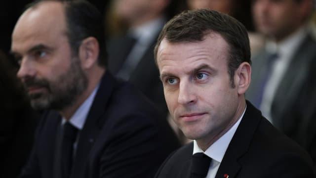 Edouard Philippe et Emmanuel Macron lors d'une réunion avec les partenaires sociaux à l'Elysée, le 10 décembre 2018
