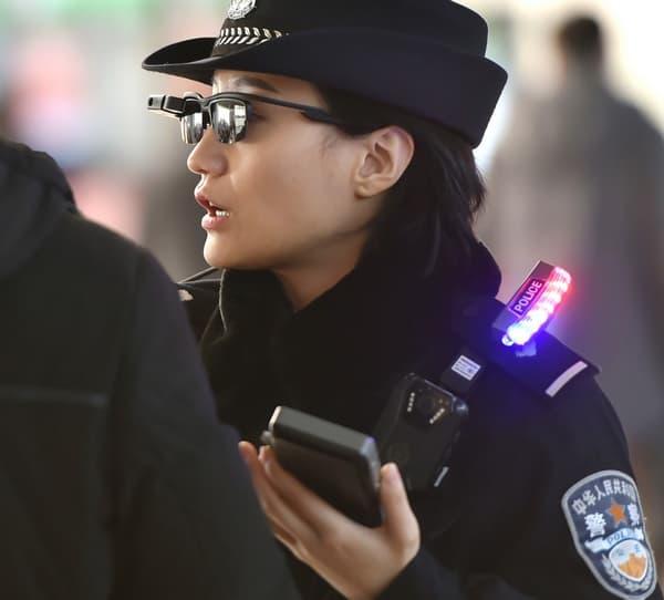 La société chinoise LLVision a fourni la technologie à la police.